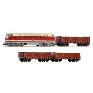 Piko Ho 57136 Model Train DR BR119 Diesel Freight WIth 3 Freight Cars and Oval Of Track