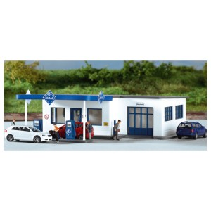 PIKO Ho ARAL Gasoline Station - kit